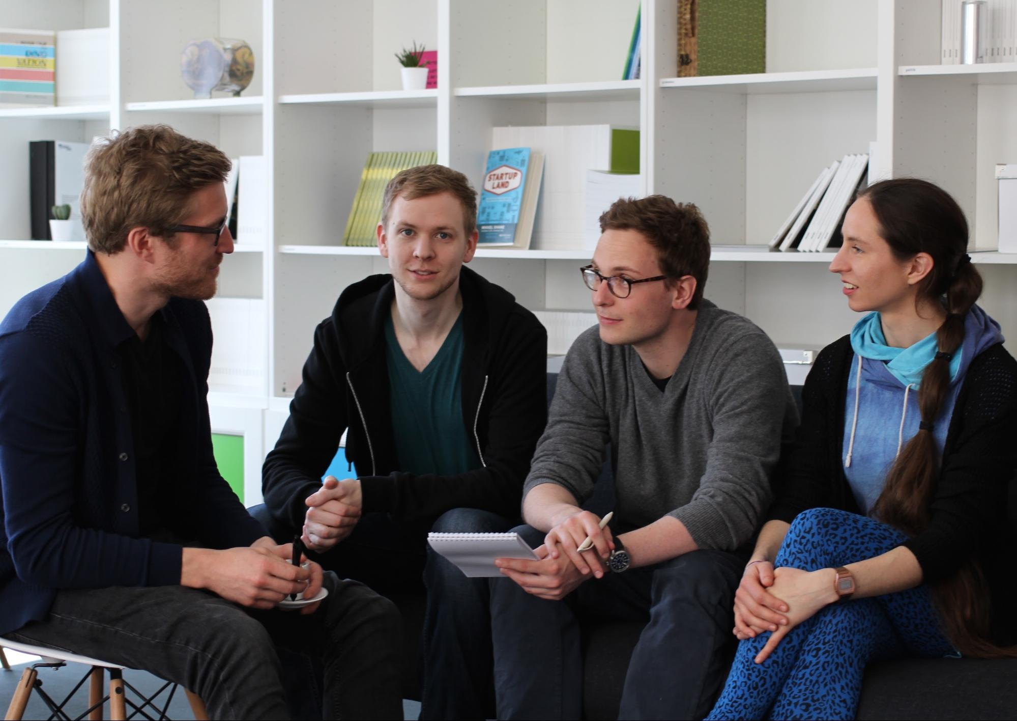 Das Team von links nach rechts: Benedikt Fecher, Armin Sauermann, Sascha Friesike, Kaja Scheliga (es fehlen: Cornelius Puschmann, Marcel Hebing und Sönke Bartling)