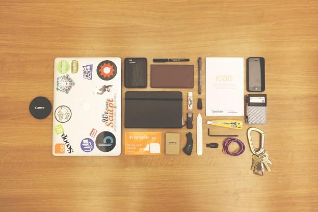 accessories-593298_1920