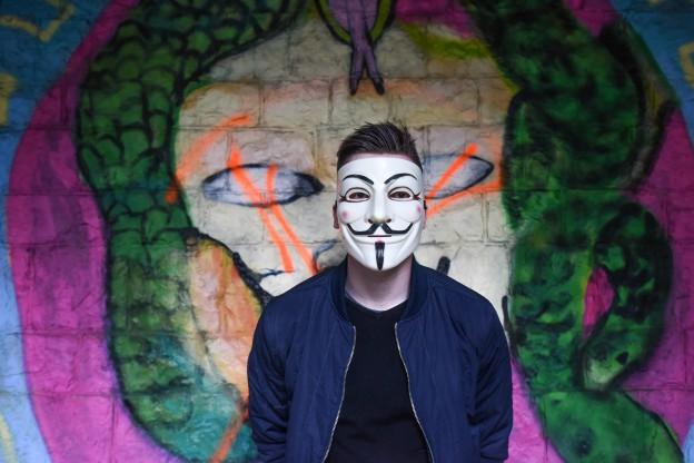 anonymous-1334775_1920