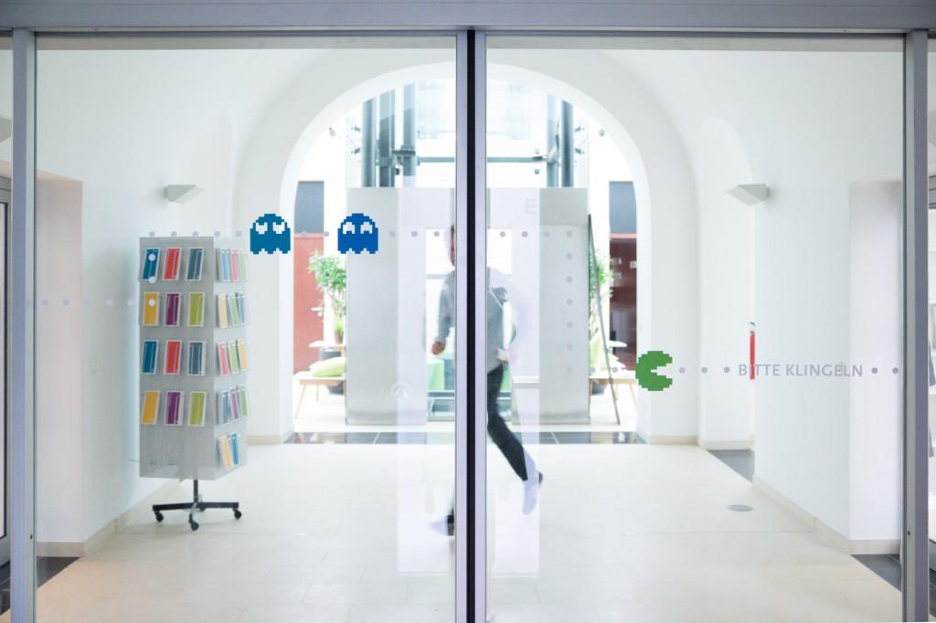 HIIG_Eingangstür
