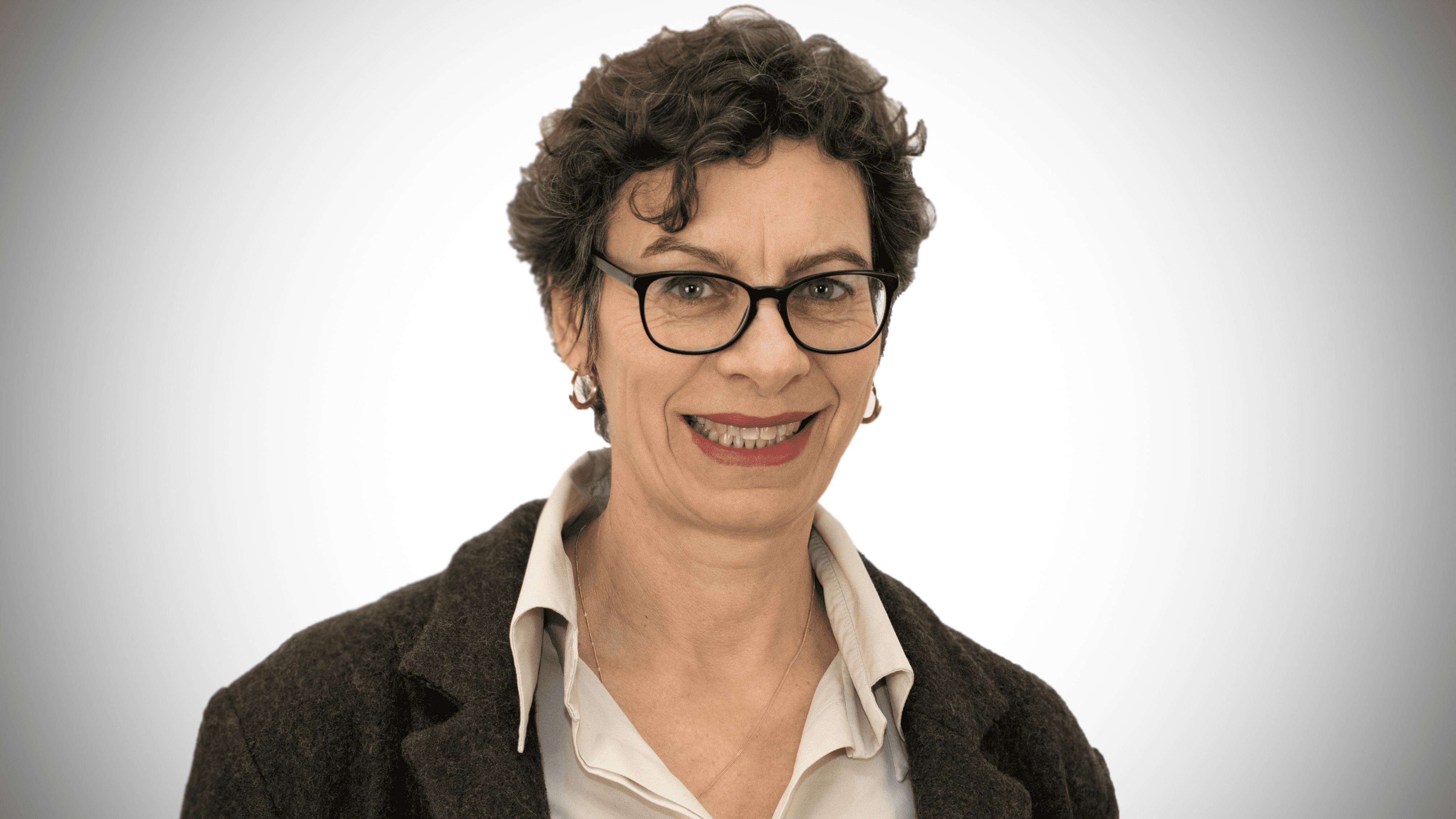 Jeanette-Hofmann_final_16x9