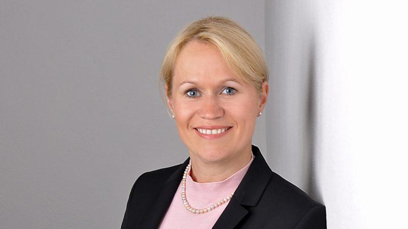 Dr. Julia Schlagholz | HIIG