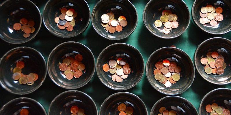 bowls_ceramic_natural_brown_cup_traditional_rustic_coins-633115.jpgd_-panorama